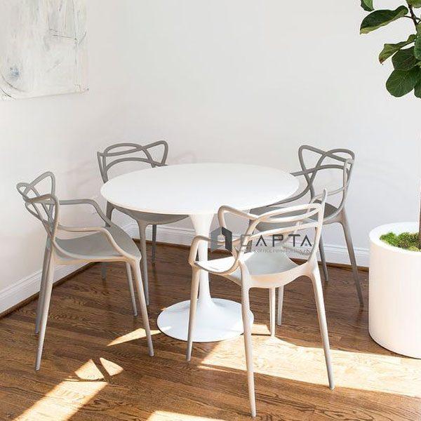 Bộ bàn tiếp khách Tulip ghế nhựa đúc hiện đại