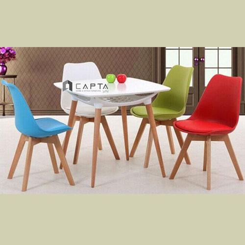 Bộ bàn tiếp khách mặt gỗ vuông ghế có nệm