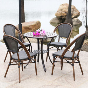 Bộ bàn nhôm đúc ghế vải lưới ngoài trời